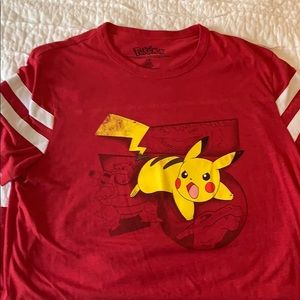Pokémon battle shirt! EUC super soft